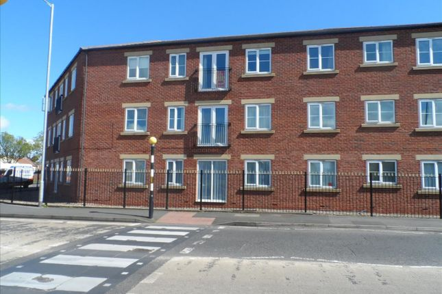 Thumbnail Flat to rent in Half Moon Street, Stakeford, Choppington