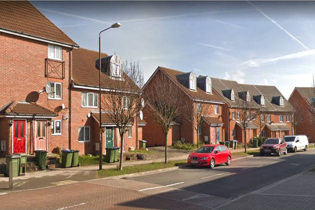 Thumbnail Terraced house to rent in Hill View Drive, Thamesmead, London