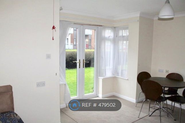 Thumbnail Studio to rent in Sheridan Lodge, Bromley