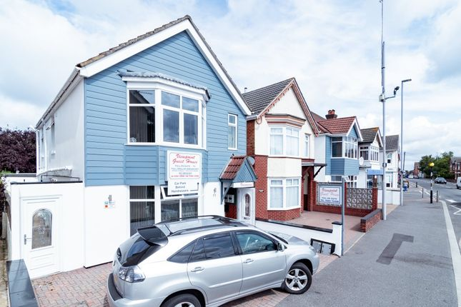 Thumbnail Room to rent in Viewpoint, 11 Constitution Hill Road, Poole