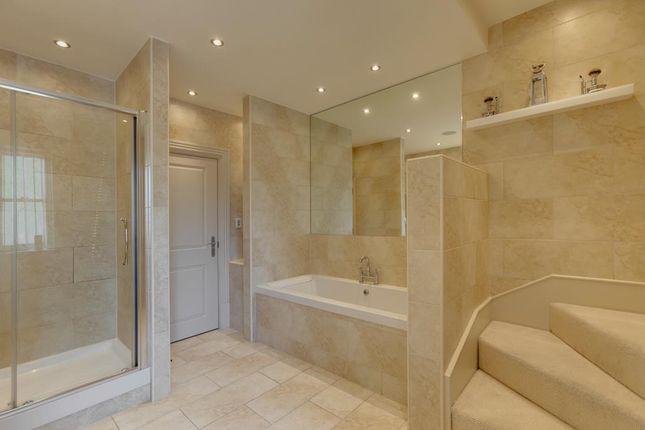Master En-Suite of Totley Brook Road, Dore, Sheffield S17