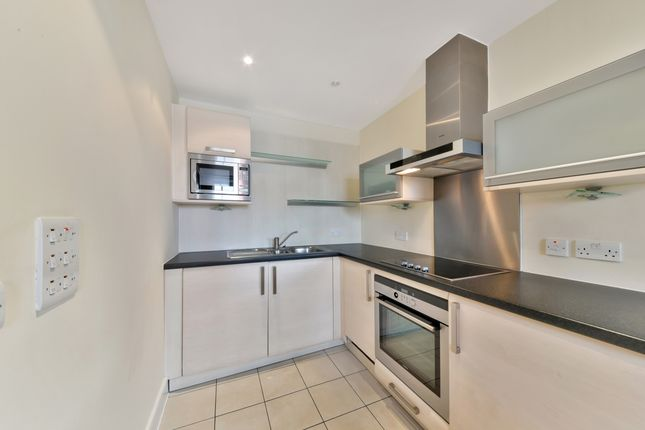 Kitchen of Axis Court, Tempus Wharf, Shad Thames SE16