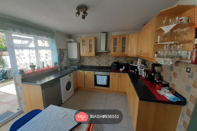 Thumbnail Terraced house to rent in Wilkinson Road, London