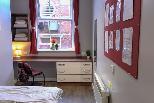 Thumbnail Flat to rent in St. James Street, Newcastle Upon Tyne