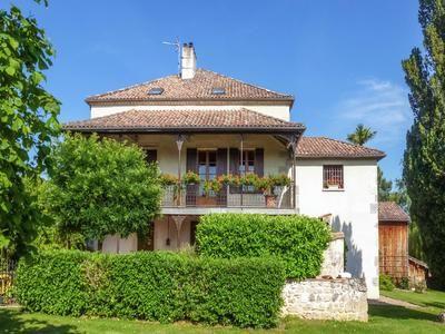 7 bed property for sale in Casteljaloux, Lot-Et-Garonne, France