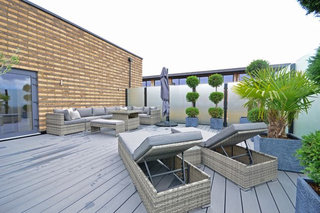 Thumbnail Flat for sale in Grenville Place, London