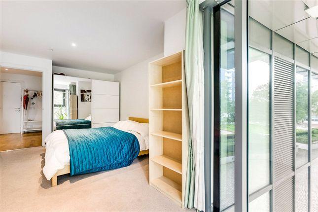 Bedroom of Eastfields Avenue, London SW18
