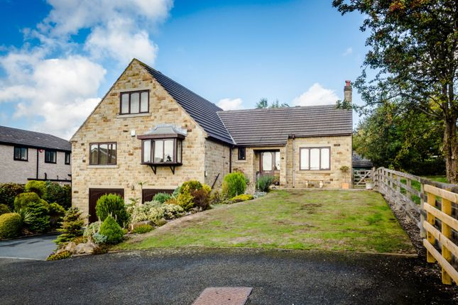 Thumbnail Detached bungalow for sale in Knowl Road, Mirfield