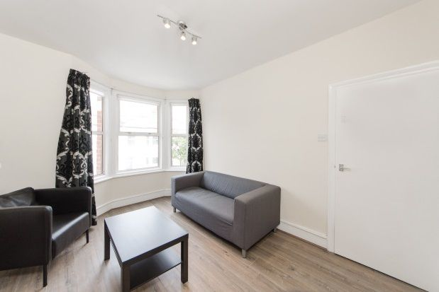 Thumbnail Flat to rent in Marville Road, Fulham