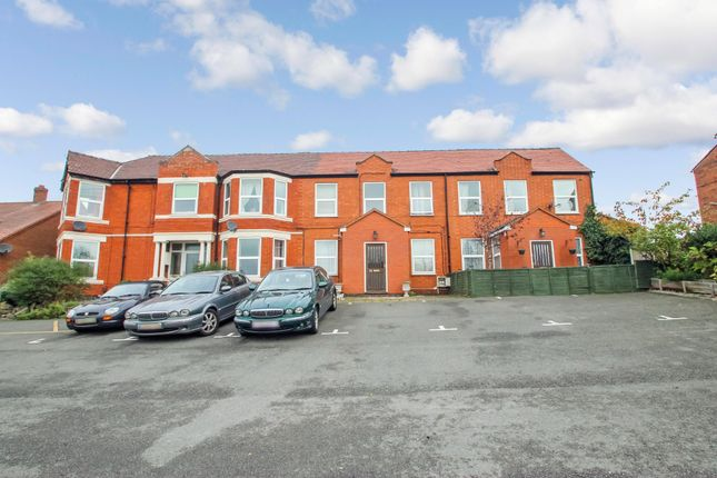 Thumbnail Flat to rent in Watling Street, Grendon, Warwickshire