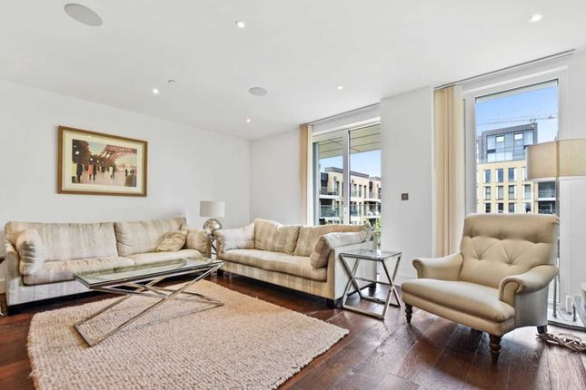Thumbnail Flat for sale in Ravensbourne Apartments, Fulham
