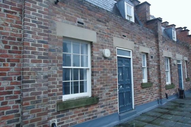 Thumbnail Shared accommodation to rent in Low Friar Street, Newcastle Upon Tyne