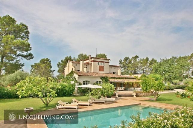 7 bed villa for sale in Grasse, French Riviera, France