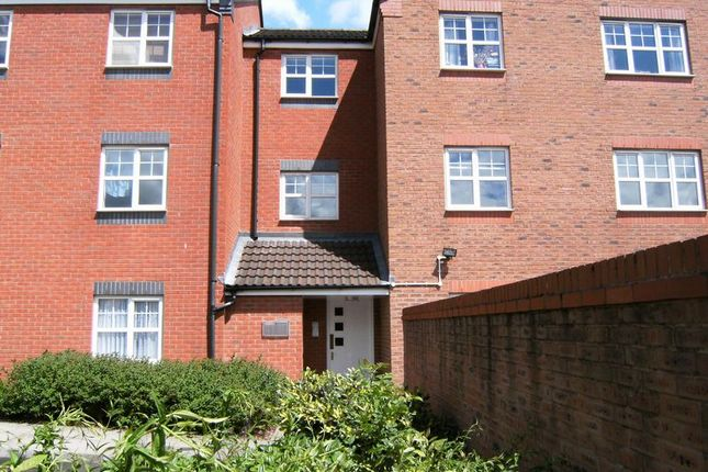 Thumbnail Flat to rent in Elm Drive, Northfield, Birmingham