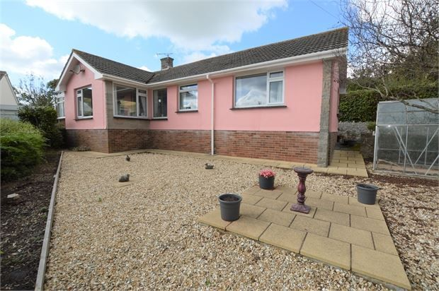 Thumbnail Detached bungalow for sale in Oak Hill Cross Road, Teignmouth, Devon.