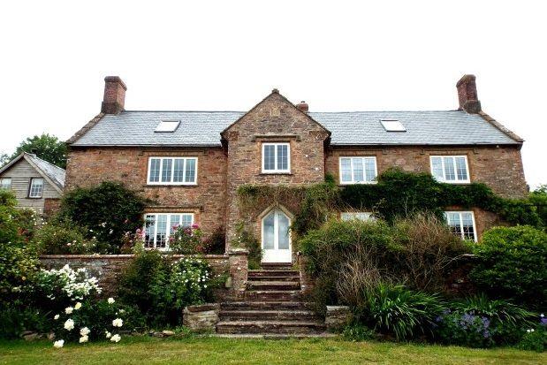 Thumbnail Farmhouse to rent in Skilgate, Taunton