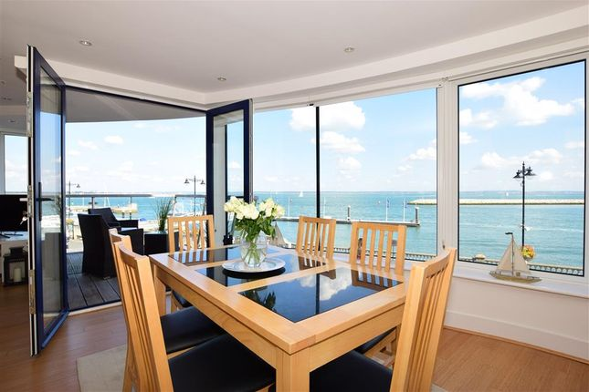 Thumbnail Flat for sale in The Parade, Cowes, Isle Of Wight
