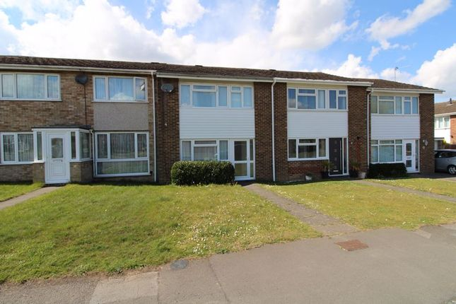 Thumbnail Terraced house for sale in Ashfield Way, Hazlemere, High Wycombe