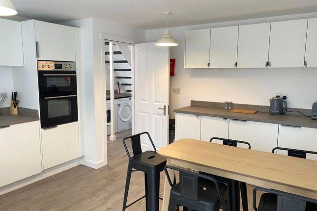 1 bed property to rent in Cherry Tree Road, Tunbridge Wells, Kent TN2