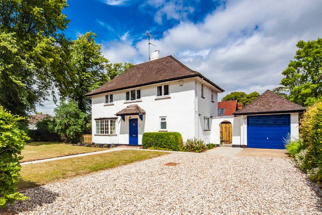 Thumbnail Detached house for sale in 1, Holmlea Road, Goring On Thames