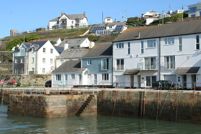 2 bed flat to rent in Kingsley Terrace, Portreath TR16