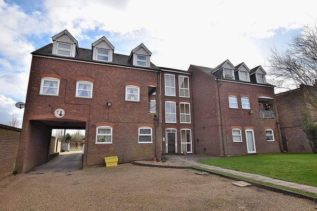 Thumbnail Flat for sale in No Chain! 20' Lounge, Second Floor, Allocated Parking...