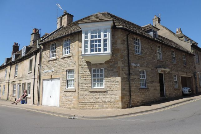 Thumbnail Flat to rent in St Georges Street, Stamford, Lincolnshire