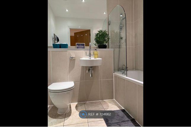 Main Bathroom of St Martins Gate, Birmingham B2
