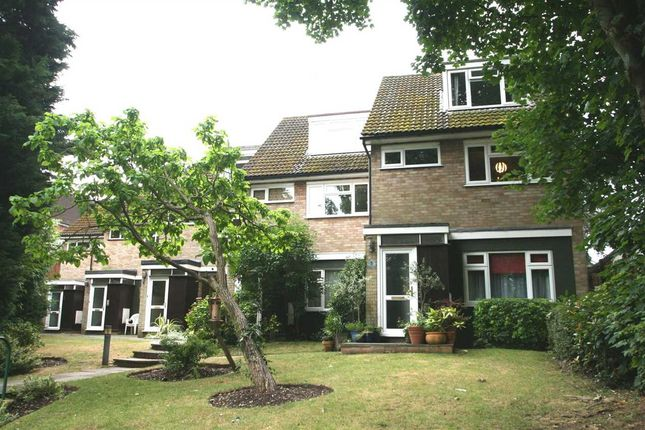 2 bed maisonette for sale in Brooke House, Brooke Way, Bushey