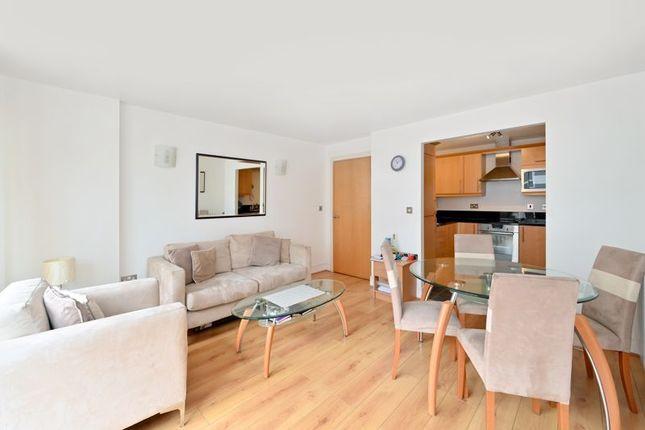 Photo 15 of Moore House, Canary Wharf E14