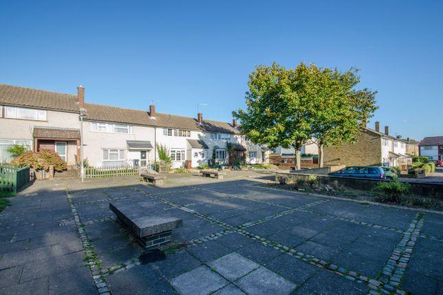 Picture No. 09 of Siddons Road, Stevenage, Hertfordshire SG2