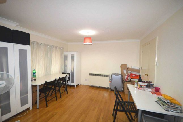 Thumbnail Flat for sale in East Ferry Road, London