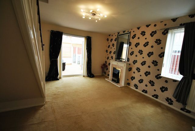 Thumbnail End terrace house to rent in Springhill Farm Road, Baillieston, Glasgow, Lanarkshire