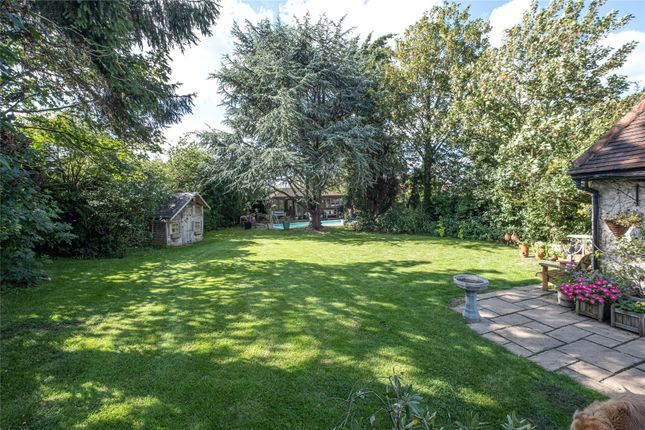 Garden of Epping Road, Roydon, Essex CM19