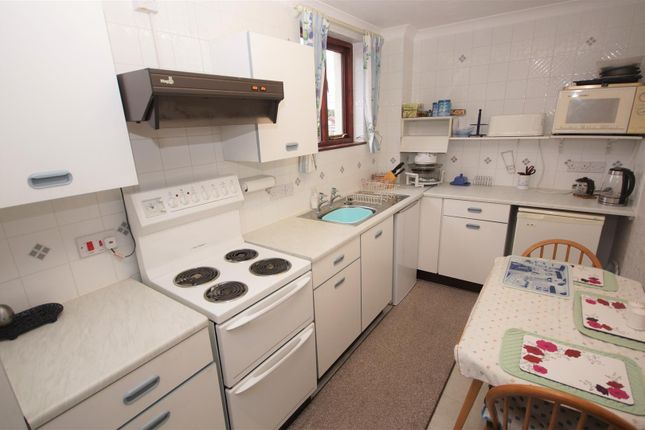 Kitchen2 of Lilybridge, Northam, Bideford EX39