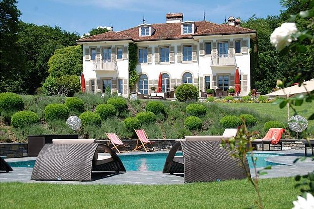 Thumbnail Property for sale in Manor House, Vaud Canton, Canton De Vaud, Switzerland