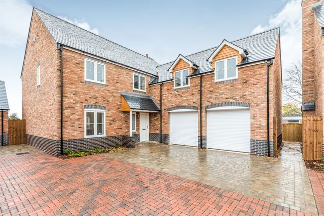 Thumbnail Detached house for sale in Church Lane, Defford, Worcester