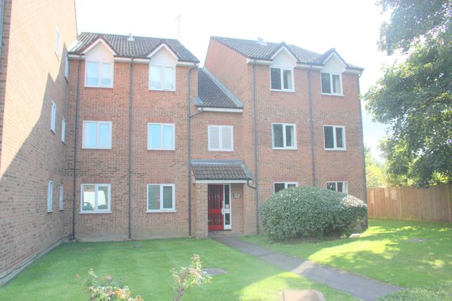 Thumbnail Flat to rent in Byron Road, Eastleigh, Southampton