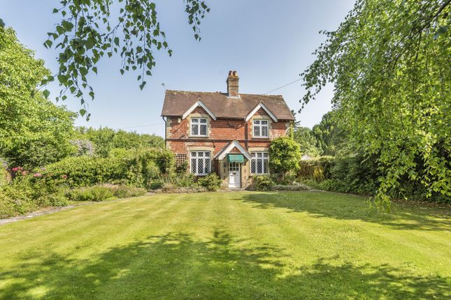 Thumbnail Detached house for sale in Forestside, Rowland's Castle
