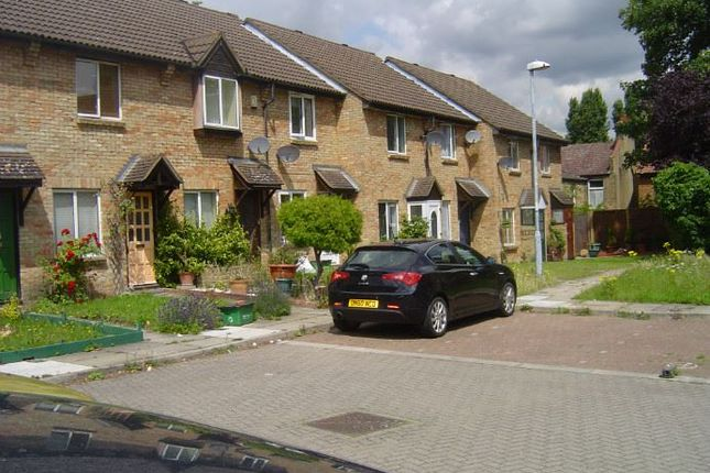 Thumbnail Mews house to rent in Sycamore Grove, London