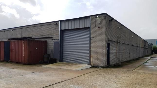 Thumbnail Light industrial to let in Rear Of Harribert House, Chester Hall Lane, Basildon, Essex