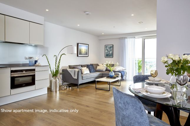 Thumbnail Property to rent in 120 Elephant Road, London