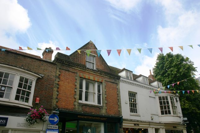 4 bed maisonette to rent in High Street, Winchester SO23