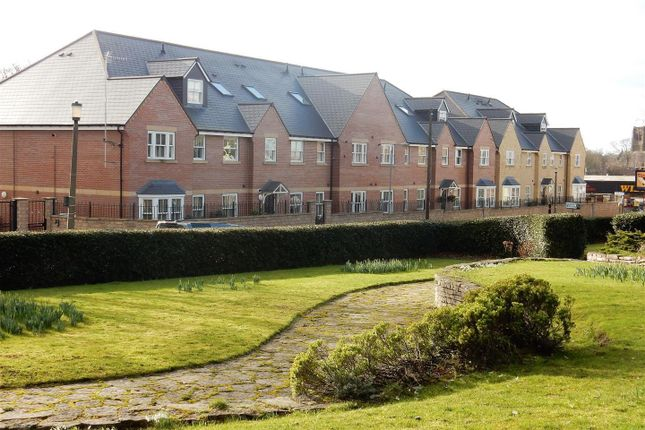 Thumbnail Flat to rent in Westgate, Worksop