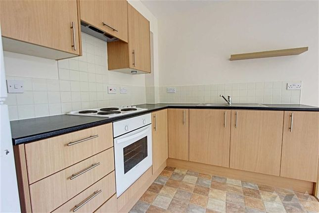 Thumbnail Flat to rent in Old Bakery Way, Mansfield, Nottinghamshire
