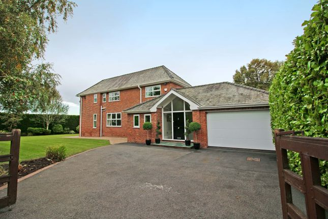 Thumbnail Detached house for sale in Manchester Road, Heywood