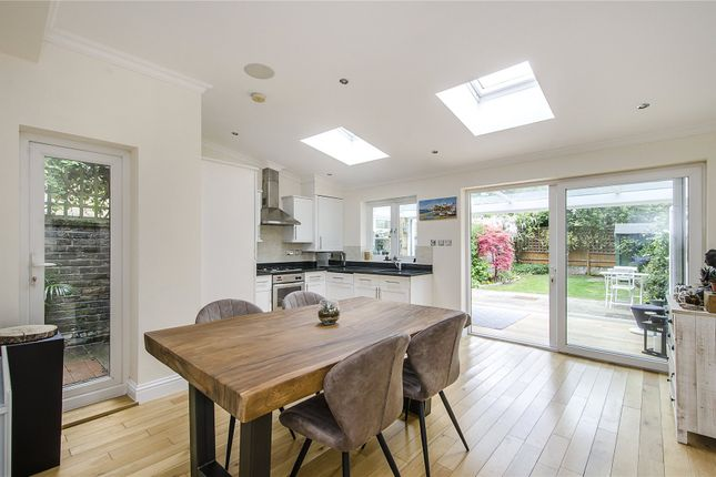 Thumbnail Flat for sale in Dalebury Road, London