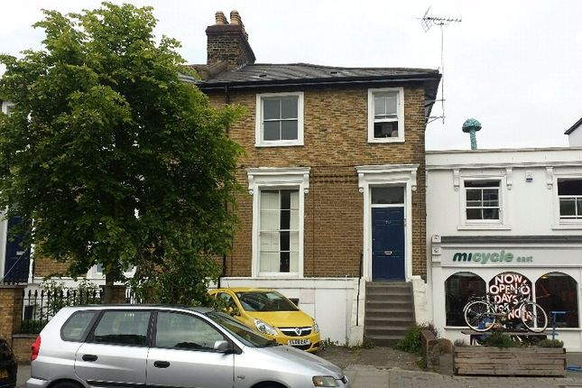 Picture No. 06 of Southgate Road, Islington N1