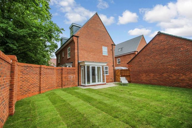 Thumbnail Detached house to rent in Heather Drive, Little Stanneylands, Wilmslow