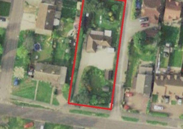 Thumbnail Detached bungalow for sale in Franklin Avenue, Tadley